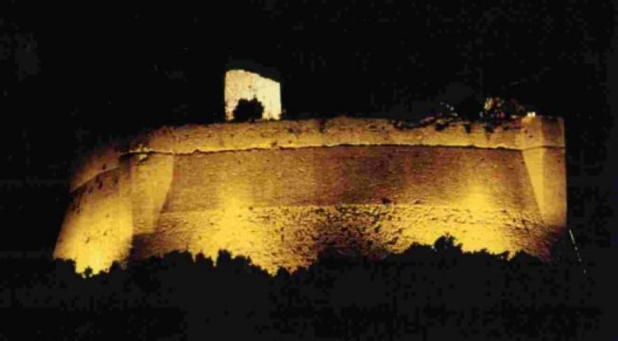 rocca sillana by night